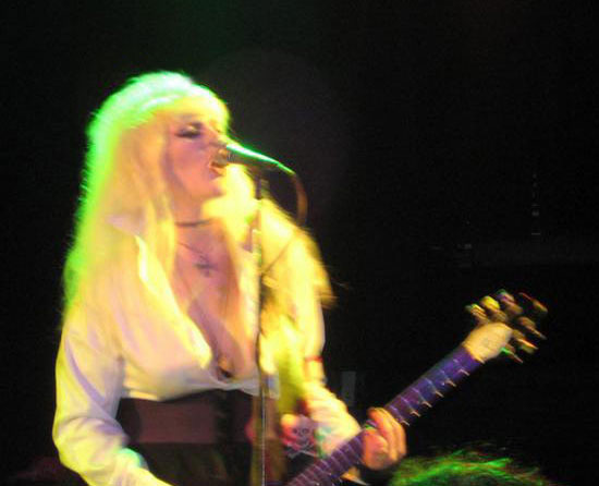 Sherry Rubber/Komminity FK Live Roxy Theatre Sept. 2008
