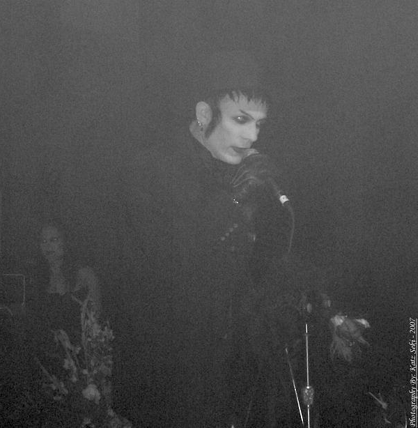Patrik Mata Live onstage with